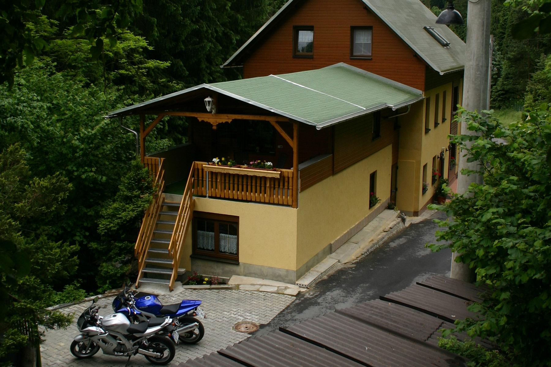 Biker Willkommen in der Pension Zaukeneck Bad Schandau